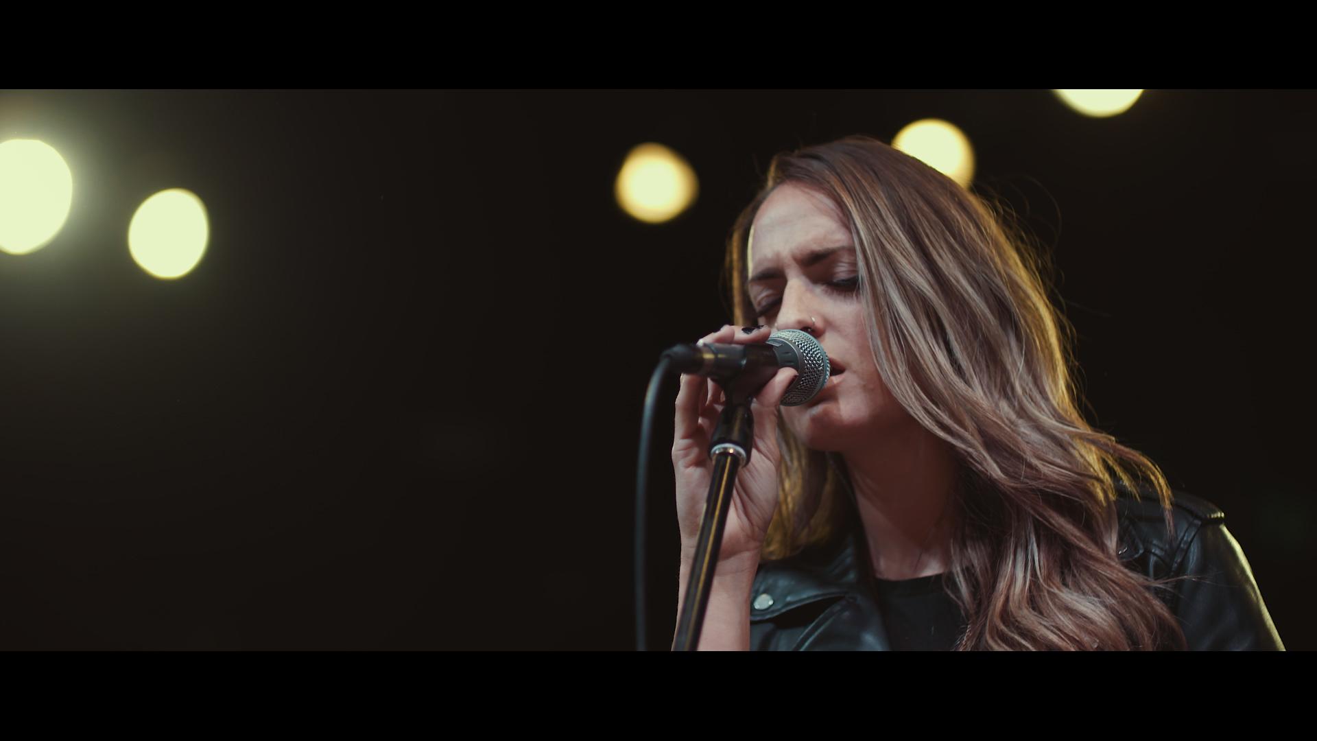 Peace Be Still (The Belonging Co) ft. Brooke Nicholls