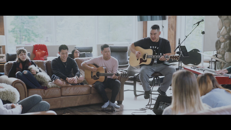 O Come to the Altar / The Stand (acoustic worship session)